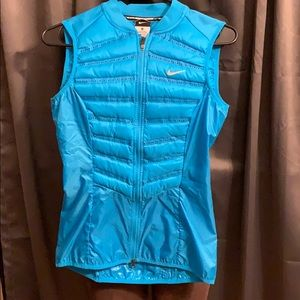 Bnwot Nike down vest